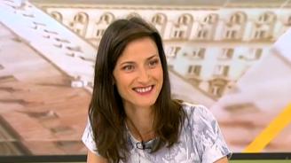 Мария Габриел: Най – важното е прозрачността, за да може фалшивите новини да избледнеят