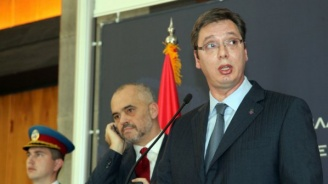 Еди Рама и Вучич се разбрали как да си поделят Косово