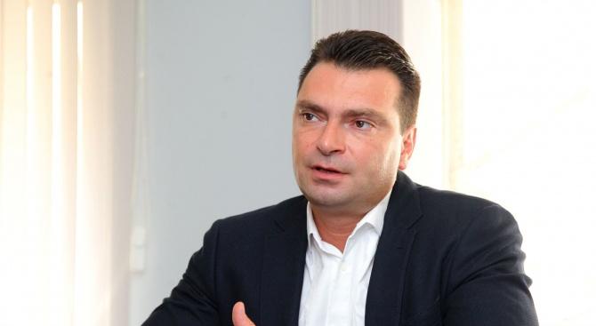 Калоян Паргов: Договорът с Македония дава дефекти