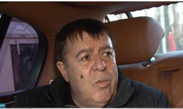 Бургаският бизнесмен и общинар Бенчо Бенчев се явява в прокуратурата,