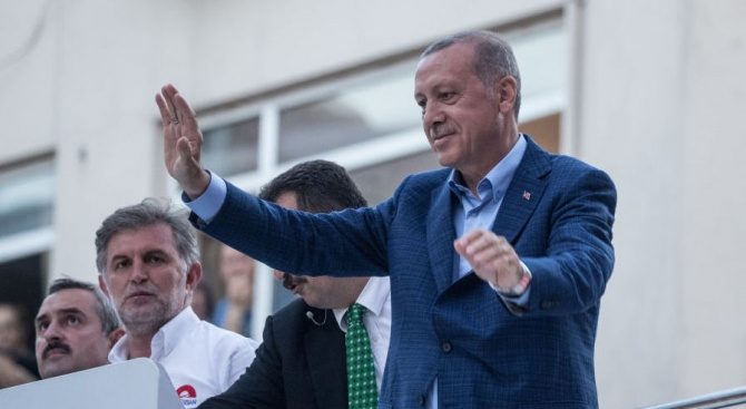 Ще спрем да купуваме електроника от САЩ, заяви турският президент