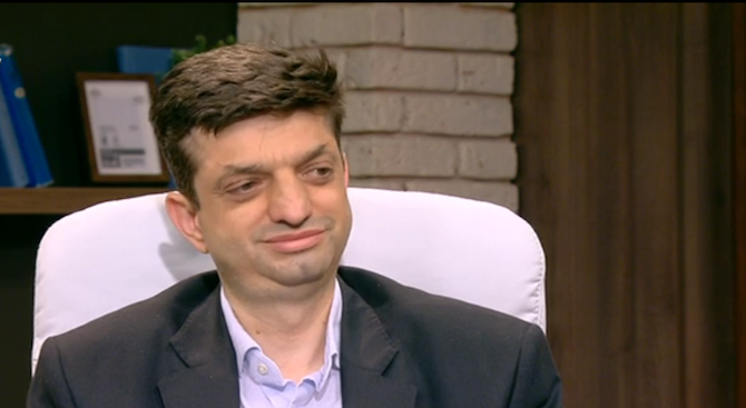 Дамян Войновски: Променя се методиката за оценка на кандидат-шофьорите