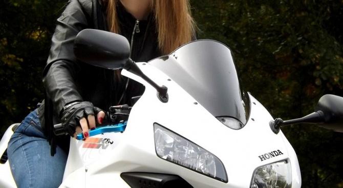 34-годишна мотористка е задържана за шофиране с 3.45 промила алкохол.