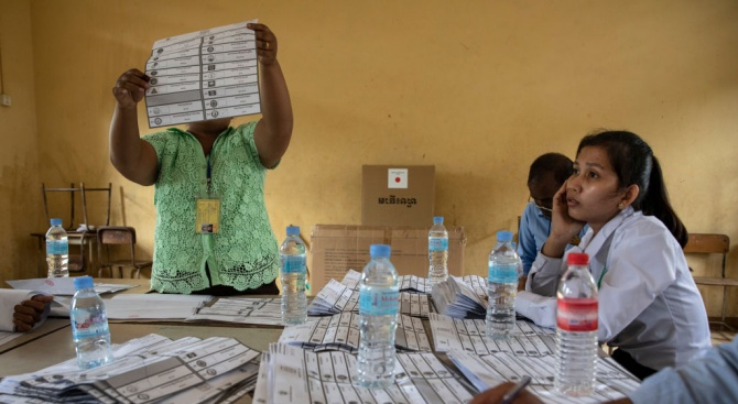Управляващата Камбоджанска народна партия на премиера Хун Сен е спечелила