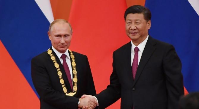 Руският президент Владимир Путин съобщи днес, че китайският му колега