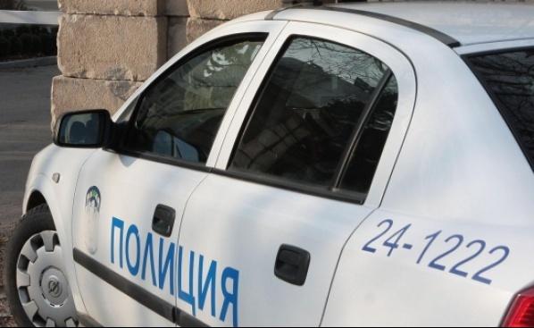 Полицията разкри кражба на сигнални лампи от пътя. Това съобщиха