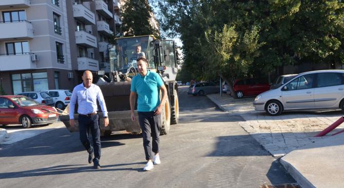 """Кметът на Пловдив Иван Тотев и кметът на район """"Тракия"""""""