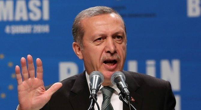 Турция няма да сменя курса си заради икономически натиск отвън,