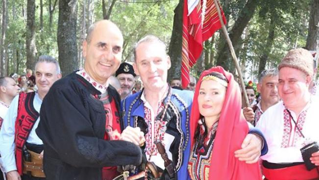 Цветанов присъства на сватбата на холивудския актьор Бен Крос и българската му приятелка Деана (снимки)