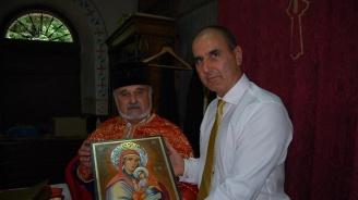 """Цветан Цветанов присъства на храмовия празник на свищовския манастир """"Покров Богородичен"""""""