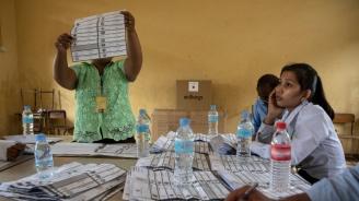 Управляващата партия в Камбоджа спечели всички 125 депутатски места