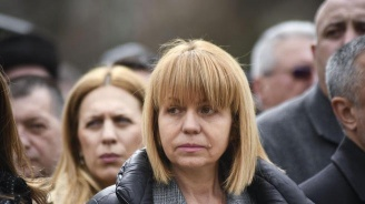 """Фандъкова проверява детска градина 76 """"Сърничка"""""""