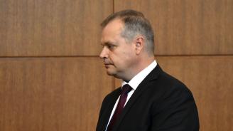 Съдът върна делото на прокуратурата срещу Лазар Лазаров - бившия шеф на АПИ (видео)