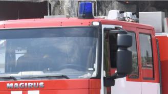 Пожарникар загина, а други двама пострадаха при катастрофа с пожарен автомобил (обновена)