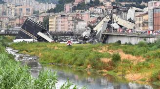 Немриха тялото на още една жертва под рухналия мост в Генуа, пострадал почина в болница (обновена)