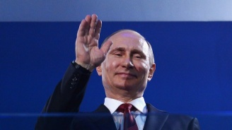 Путин с три подаръка за сватбата на австрийската външна министърка
