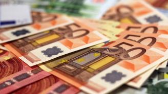 Българите зад граница изпратили 610 млн. евро за половин година у нас