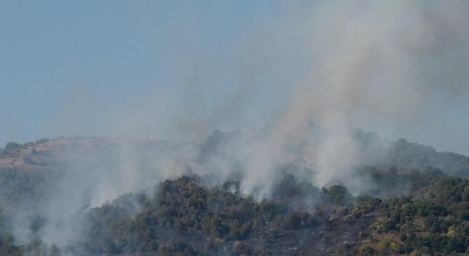 Най-вероятната причина за пожара над Карлово е умишлен палеж. Това