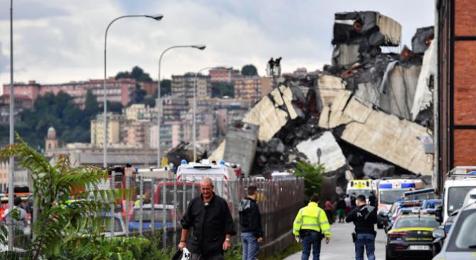 Разпространиха ексклузивни кадри от срутването на моста в Генуа (видео)