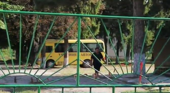Ученици бягат от изправителното училище в Завет и извършват кражби,