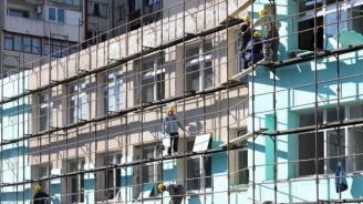 В 900 училища в страната текат ремонти