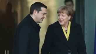 Янис Варуфакис: Алексис Ципрас бе играчка на Ангела Меркел