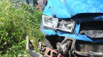 Тежка верижна катастрофа затвори пътя Бургас-Поморие