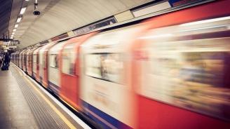 Трима ранени при стрелба в лондонското метро