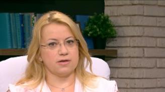 Деница Златева: За краха на Търговския регистър отговорност трябва да поеме Цецка Цачева