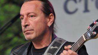 Внезапно почина легендарният басист на ФСБ Ивайло Крайчовски