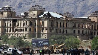 """Талибани """"поздравиха"""" афганистанския президент с ракети за Курбан Байрам (видео)"""