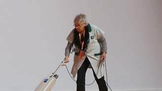 Хърватска чистачка преби британска туристка с метален прът