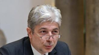 """Министър Димов провери пречиствателна станция """"Златни пясъци"""""""