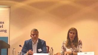 Ангелкова пред Младежи ГЕРБ: С общите усилия на държава, общини и бизнес туризмът стана силен коз за България