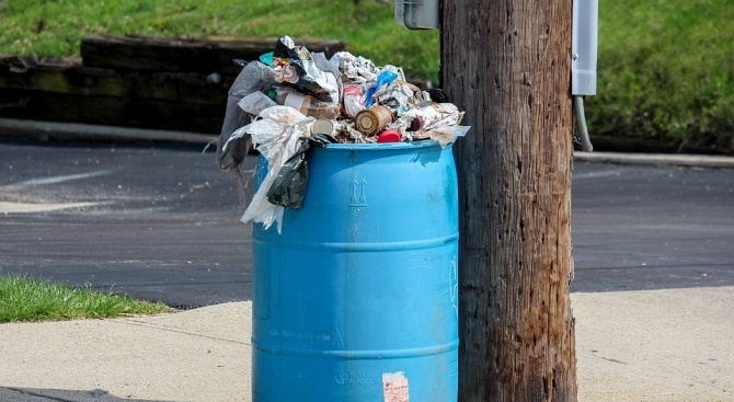 Община Петрич организира кампания за събиране на опасни отпадъци от