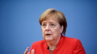 Меркел подкрепи кандидатурата на Манфред Вебер за председател на ЕК