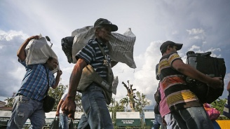 12 страни от Латинска Америка търсят решения на венецуелската бежанска криза