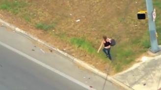 Майка бяга на полицията със 160 км/ч и с бебе в колата си (видео)