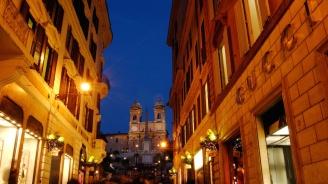 Италия планира по-строги правила за работното време на магазините