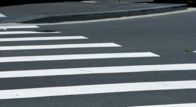 Нови пътни знаци и пешеходни пътеки в Русе за първия учебен ден