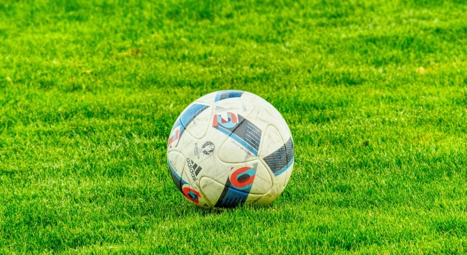Министърът на отбраната Красимир Каракачанов ще присъства на приятелската футболна