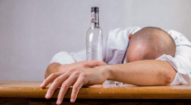 Британските здравни власти призоваха хората на средна възраст да не пият алкохол всеки ден