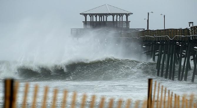 Флорънс удари Източното крайбрежие на САЩ (снимки+видео)