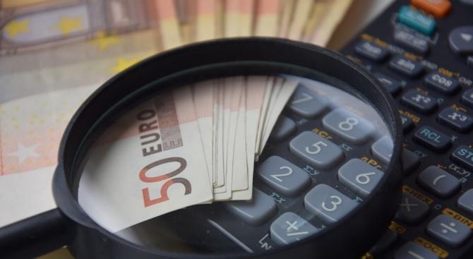 Евростат отчете ускорен растеж на заплатите в България