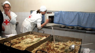 БЧК - Бургас отваря безплатна социална трапезария