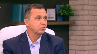 Бивш депутат от НДСВ: Опитват се да изгонят царското семейство от дома му (видео)