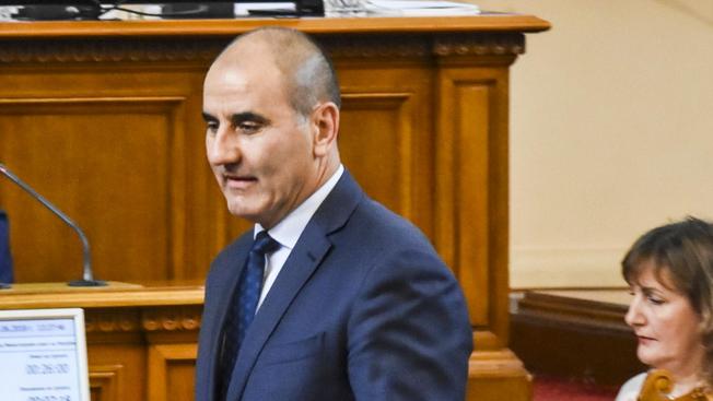 Всички не обходими документи за освобождаването на Младен Маринов от