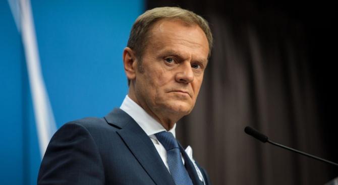 Председателят на Европейския съвет Доналд Туск заяви, че ще свика