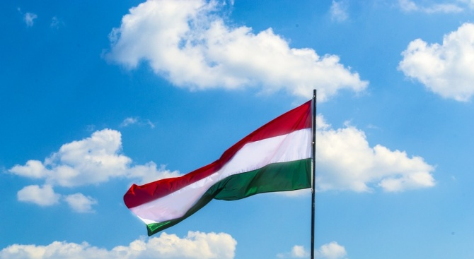 Унгария привика испанския посланик за обяснения