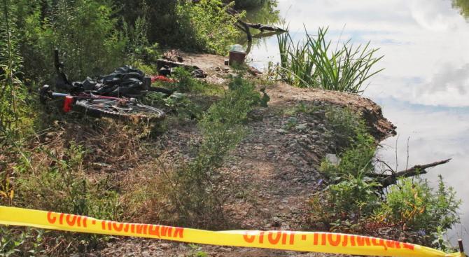 Тяло на 44-годишен мъж е било извадено от микроязовир района